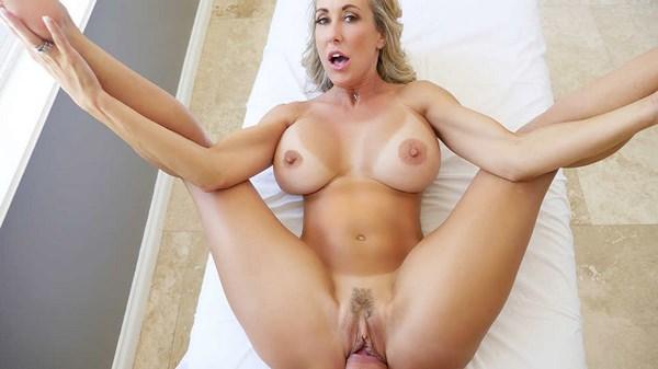 Annonce plan cul pour une femme mature aux énormes seins